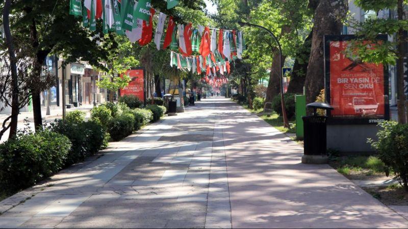 İzmit sokaklarında bayram sessizliği