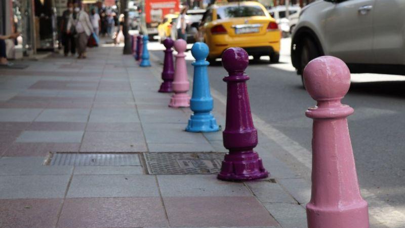 İnönü Caddesi İzmit Belediyesi ile rengarenk oluyor