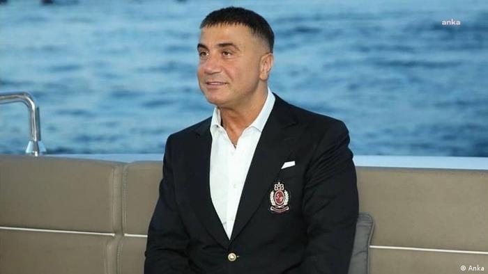 Suç örgütü lideri Sedat Peker hakkında yakalama kararı!