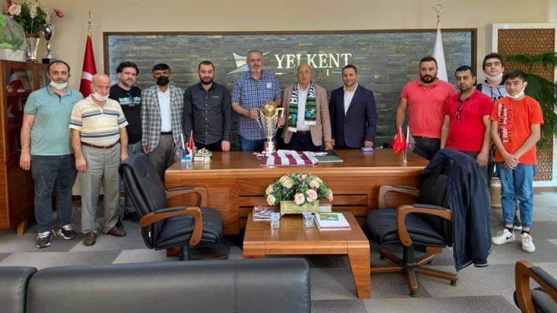 Yenidoğan Kocaelispor'u tebrik etti