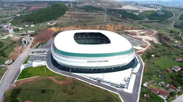 Muhalefet üyeleri karşı çıktı… Kocaeli Stadyumu'na 130 milyonluk yol yapılacak!
