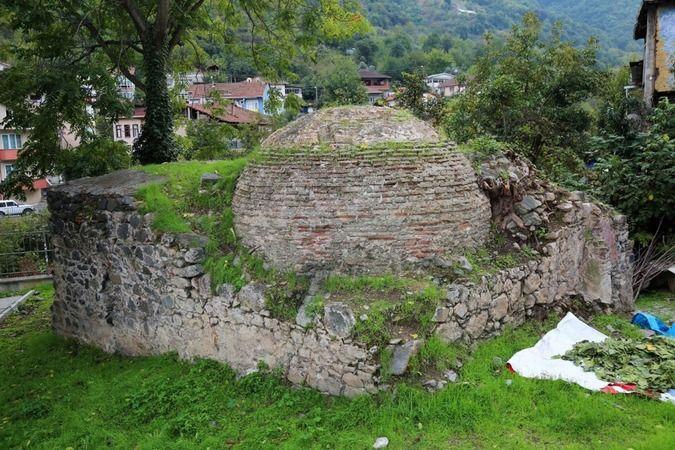 Değirmendere Yukarı Mahalle'de bulunan Osmanlı Dönemı̇ Tarihî Hamam restorasyon projesi onaylandı