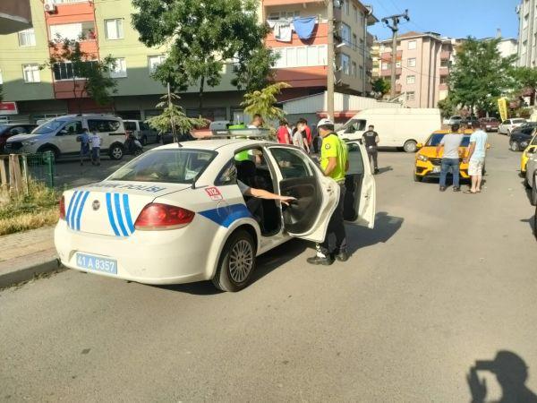 Kocaeli'de taksinin çarptığı yaya yaralandı