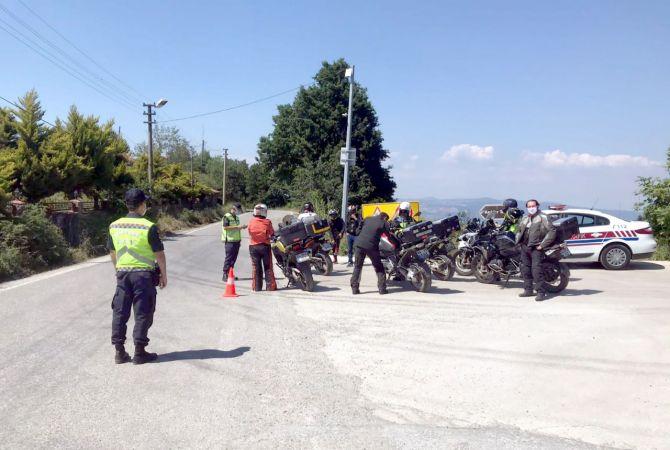 Jandarma Asayiş ve Trafik timleri bayram mesaisinde