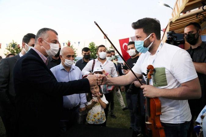 Büyükşehir yerel müzisyenlere desteğe devam ediyor