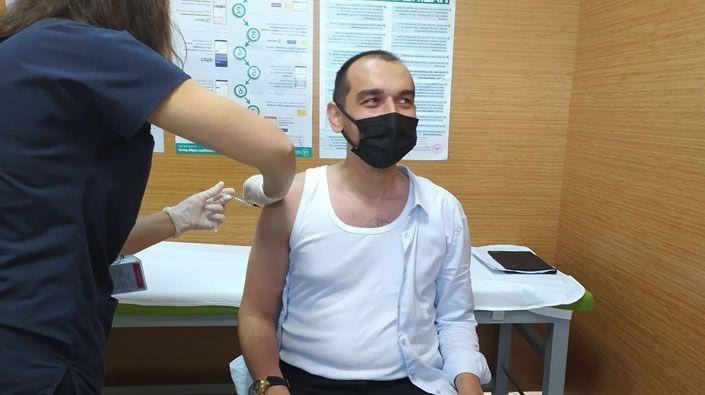 Ak Parti'den aşı kampanyasına destek!