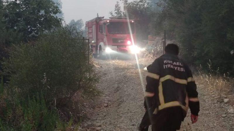 Yangının ortasında kalan 9 kişiyi Kocaeli itfaiyesi kurtardı!