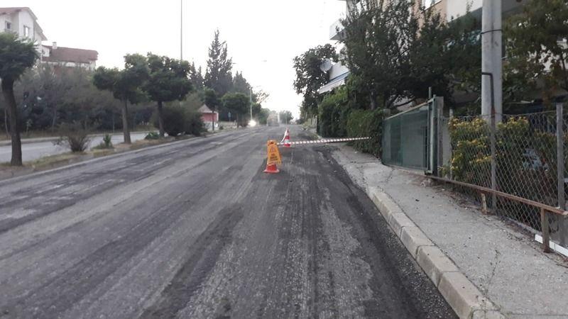 Gölcük belediyesi 1 Mart ve Şehitler caddesi asfaltını yeniliyor