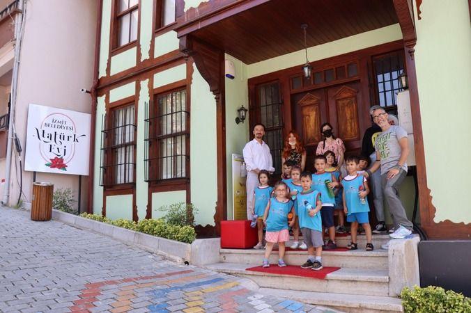 Minik Öğrenciler Ata'yı'Evi'nde öğreniyor