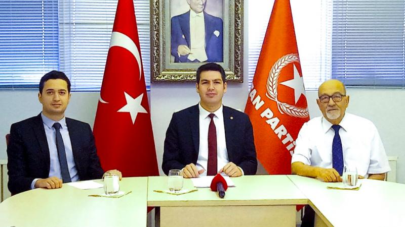 Vatan Partisi: Türkiye Taliban Yönetimi ile resmi görüşmelere derhal başlamalıdır