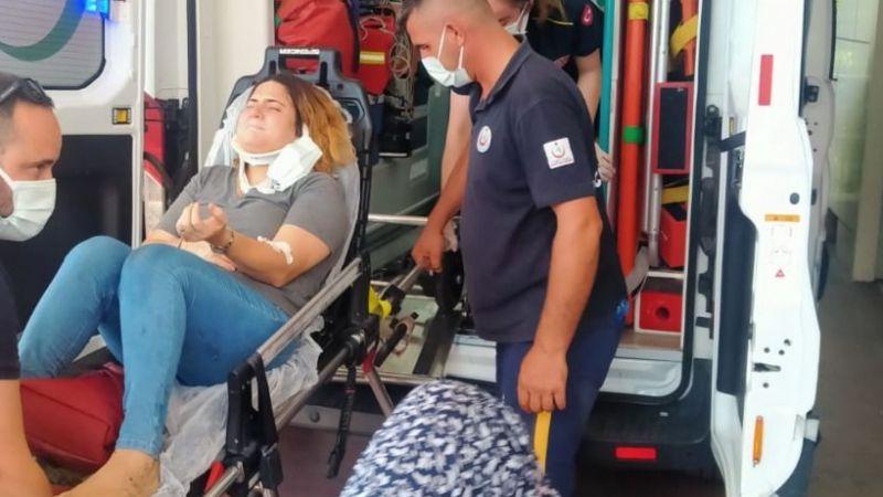 Otobüsle çarpışan otomobildeki anne ve oğlu yaralandı!