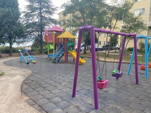 İzmit'in parkları rengarenk oluyor