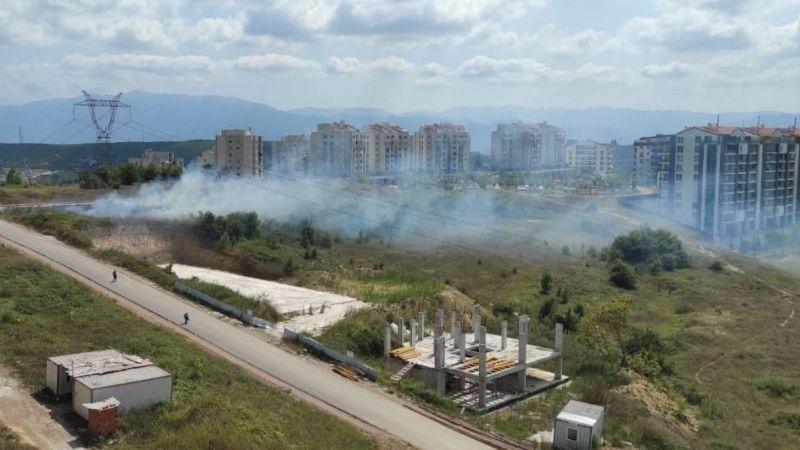 İzmit'te çalılık alanda yangın çıktı!