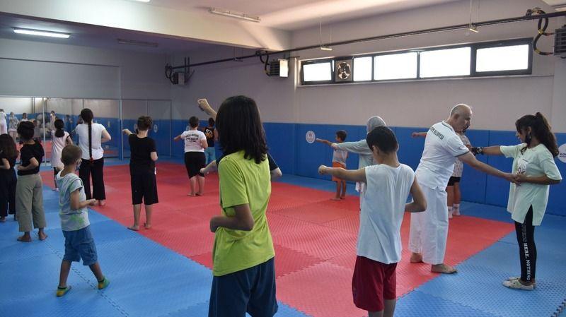 Kartepe'de 2500 çocuk yaz spor okullarından faydalandı