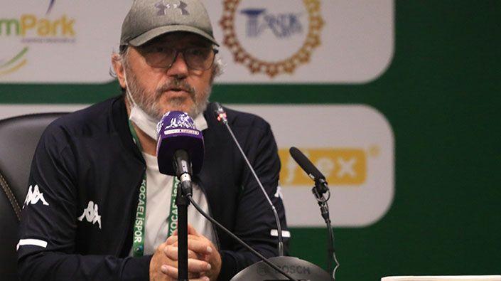 """Mustafa Reşit Akçay: """"1 puan altın değerindeyken 3 puan aldık"""""""