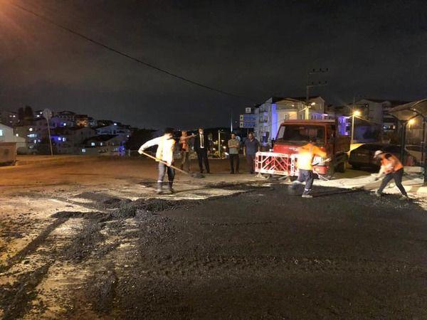 Gölcük Belediyesi asfalt ekibi çalışmaya devam ediyor