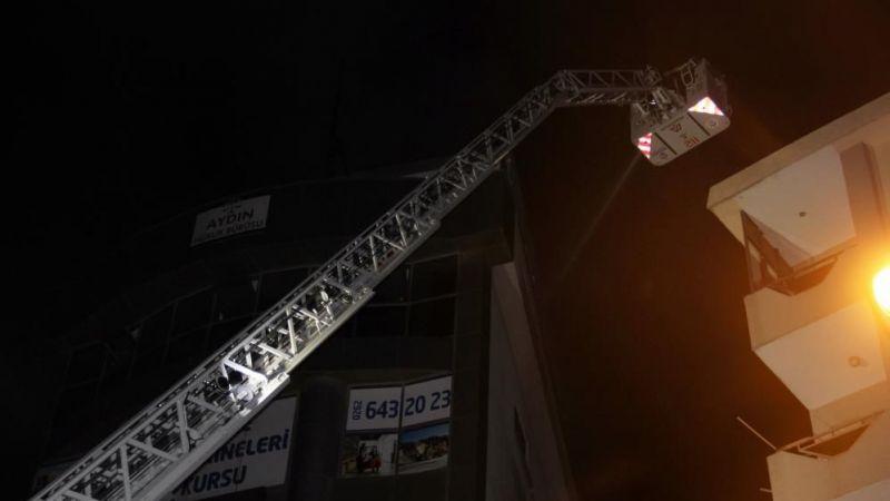 7 katlı binada korkutan yangın!