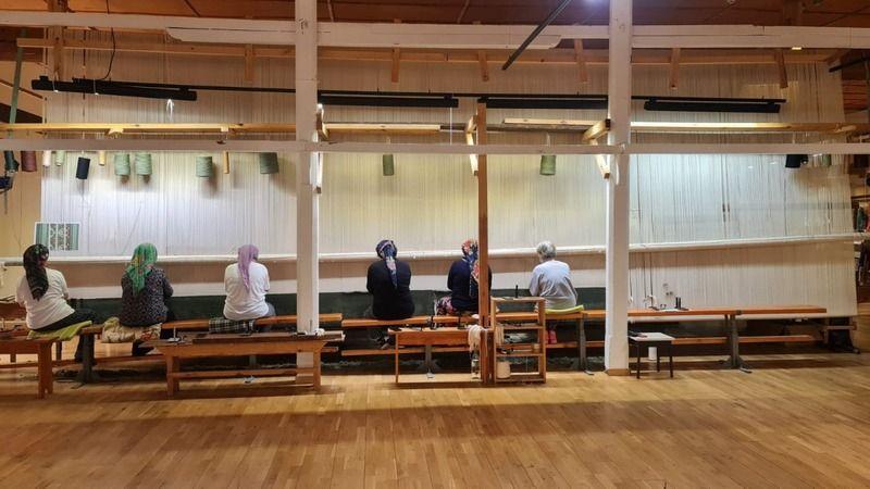 Topkapı'daki kutsal emanetler el emeği halı üzerinde sergilenecek
