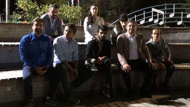 İzmit'te üniversite öğrencileri parkta sabahladı!