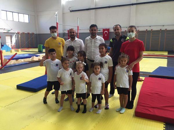 Kocaeli Jimnastik Kulübü Tesisleri'ne hayran kaldılar