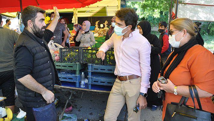 Başiskele'de pazarcıların tezgah yeri isyanı