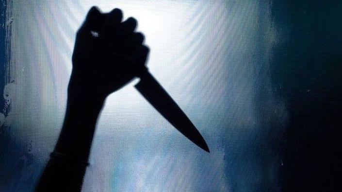 Eski eşini ve kız arkadaşını bıçakladı!