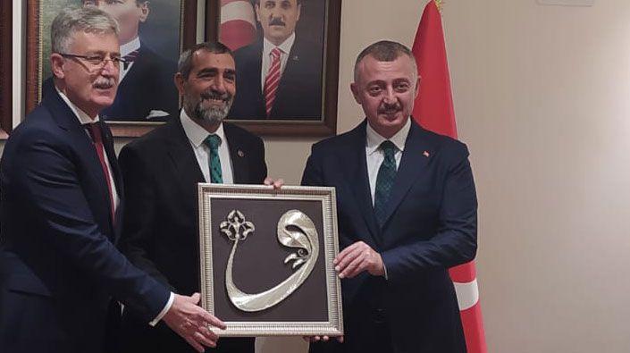 """Büyükakın ve Ellibeş'ten BBP'ye ziyaret… """"Cumhur İttifakının adayı Tahir başkan olacak"""""""