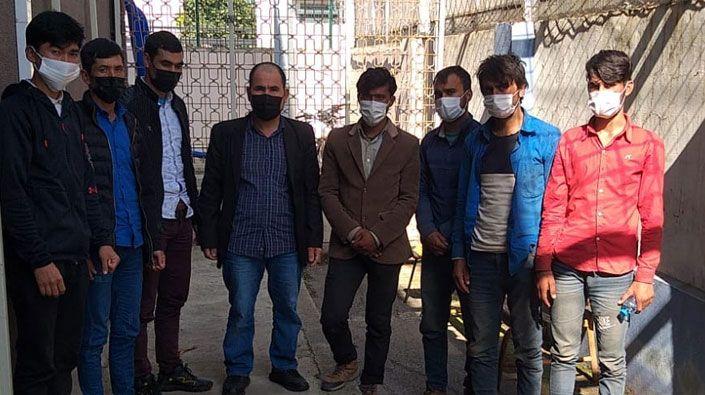 Kaçak göçmenler polise yakalandı!