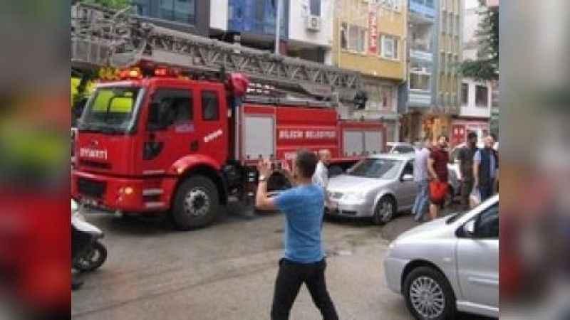 Eşek şakası polisi bile harekete geçirdi!