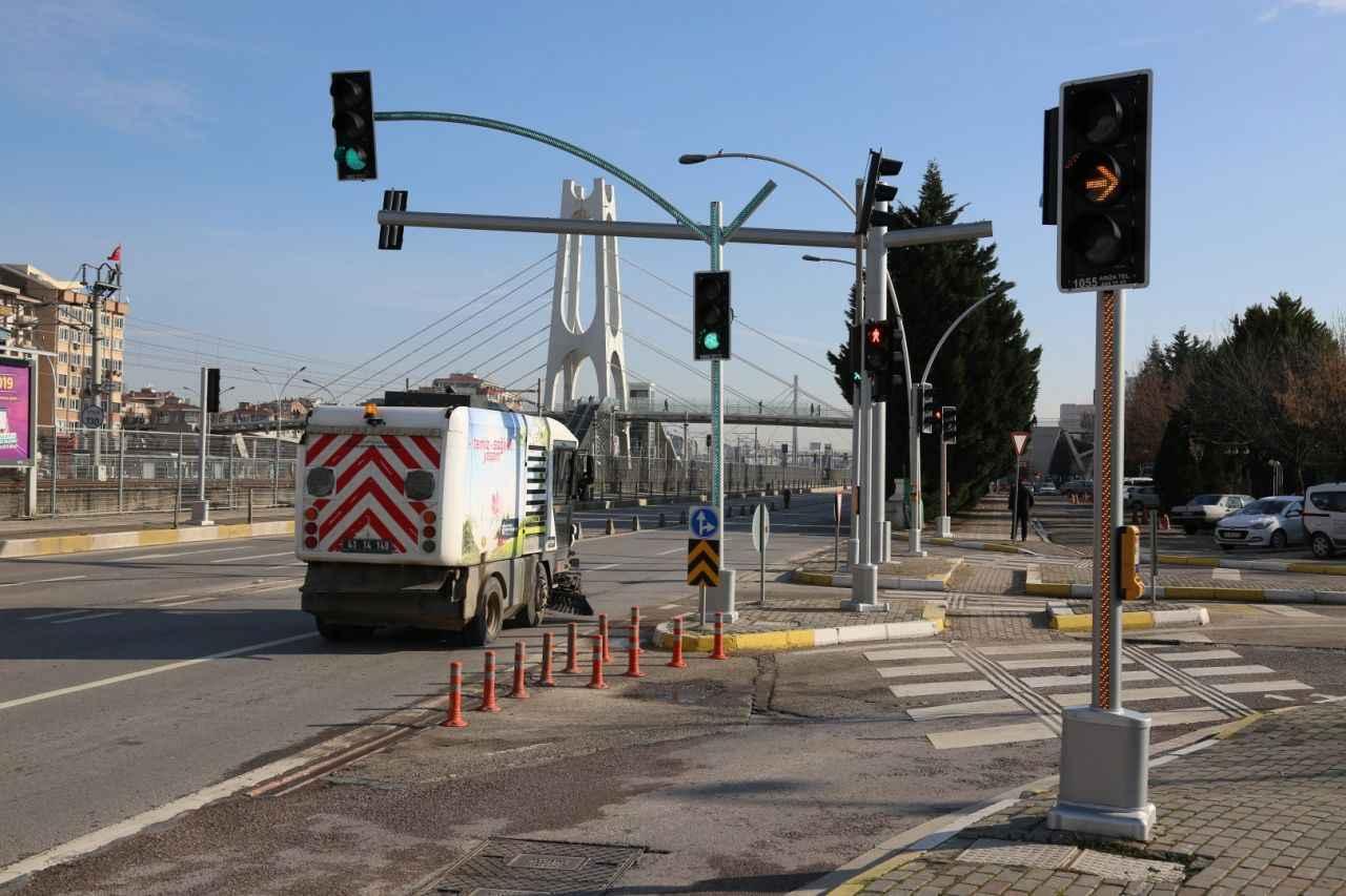 Yeni Nesil Trafik Lambalari Kural Ihlallerine Dur Diyecek Kocaeli