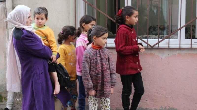 Suriyeli ailenin evinde çıkan yangın itfaiye tarafından söndürüldü
