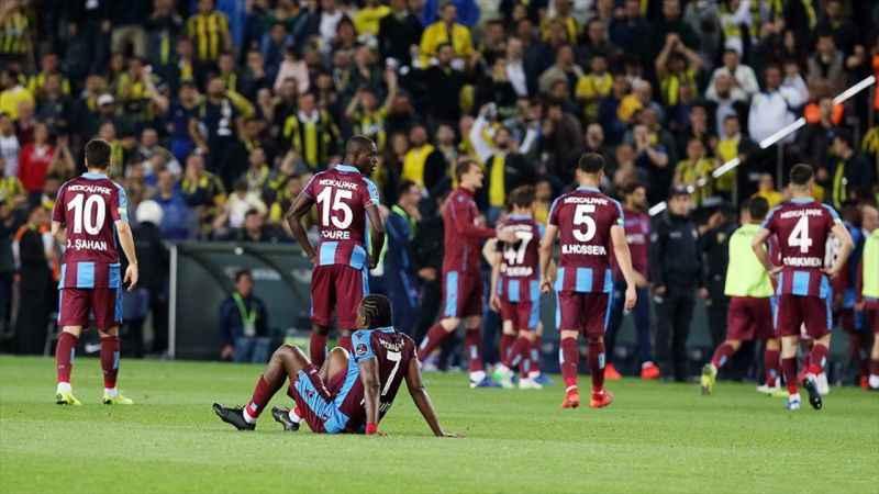 Trabzonspor son dakika golleriyle 10 puan yitirdi