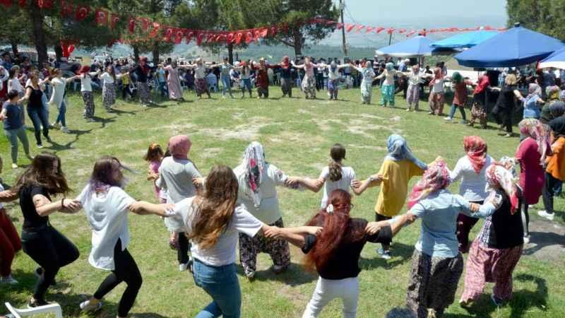 Karamürsel'de bahar şenliği gerçekleştirildi