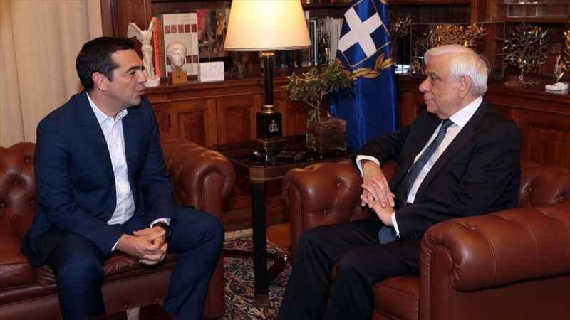 Yunanistan Başbakanı Çipras erken seçim talebini Pavlopoulos'a iletti