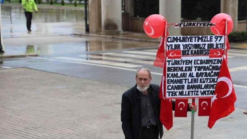 29 Ekim coşkusu Kocaeli'deki caddelere taşındı