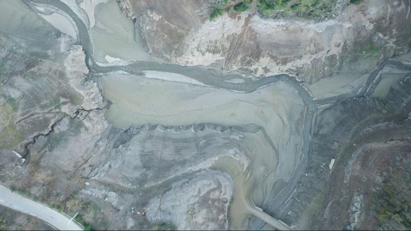 Yuvacık'ta su seviyesi yüzde 15'e düştü