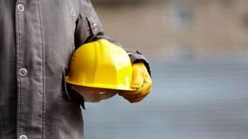 Kocaeli'de inşaattan düşen işçi öldü