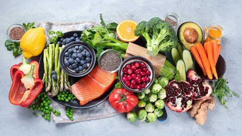 Bağışıklığı desteklemek için vitamin ve mineralleri artırın