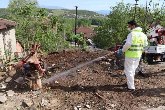 İzmit Belediyesi sivrisinekle mücadelesini sürdürüyor