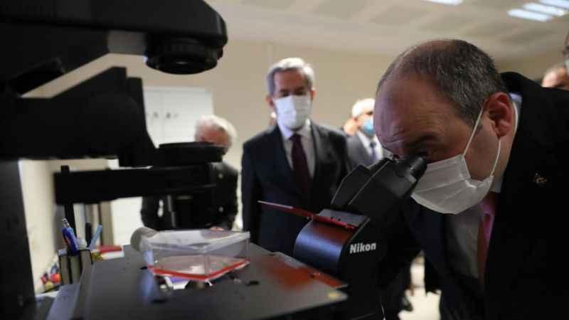 Bakan Varank: Aşı başarılı olursa Kocaeli'de  üretilecek