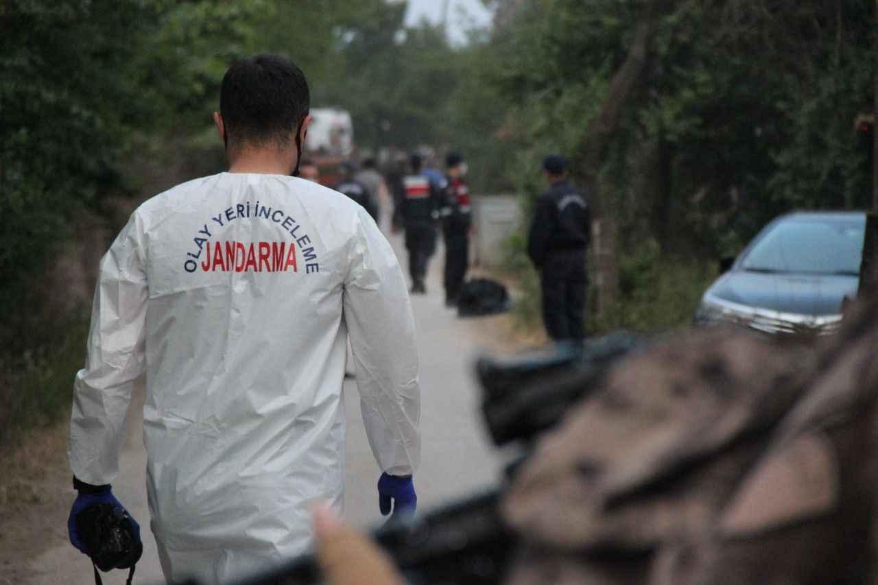 Babasını öldürüp 8 kişiyi yaralayan şahıs etkisiz hale getirildi - Kocaeli  Gazetesi