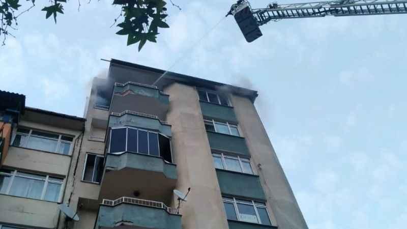 1 yıl önce sattığı evi yaktı!