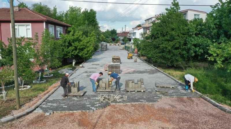Başiskele'de İki Sokak Daha Konforlu Hale Geliyor