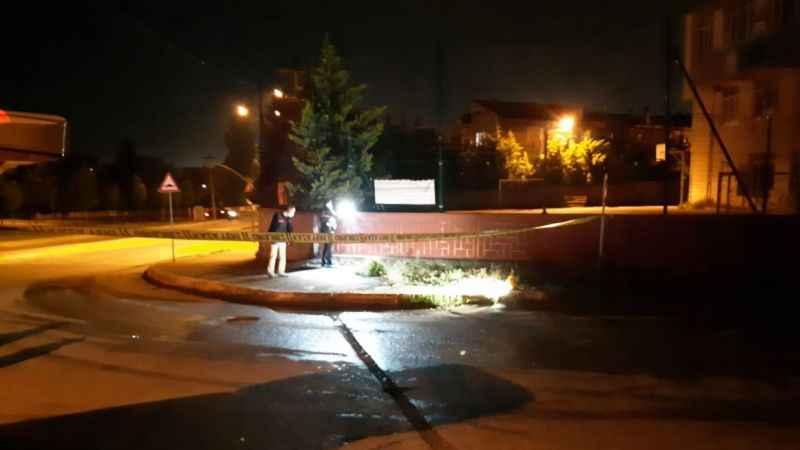 Kaza yapan iki grup arasında bıçaklı kavga: 1'i ağır 4 yaralı