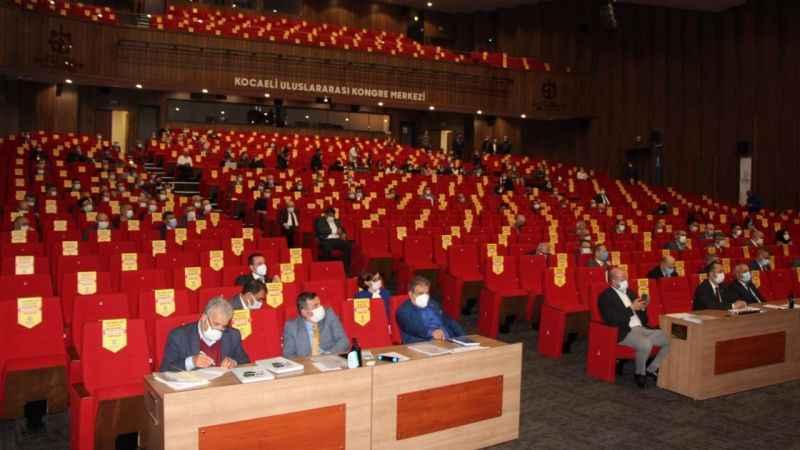 Meclis, Büyükşehir'e hangi yetkileri verdi?