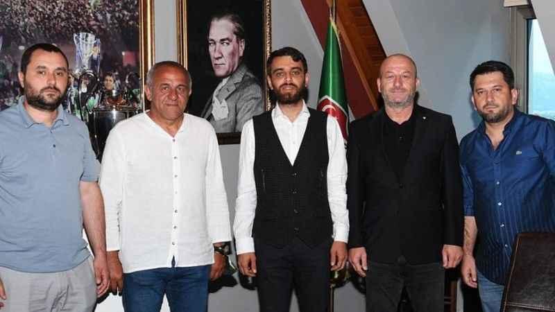 Bursaspor, Hakan Cenkçiler'le anlaştı