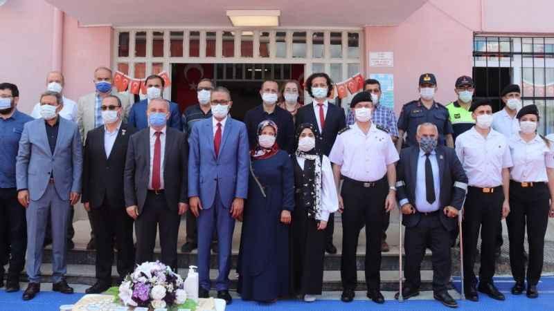 Şehit Fatih Karagöz'ün anısına okuduğu okulda kütüphane açıldı