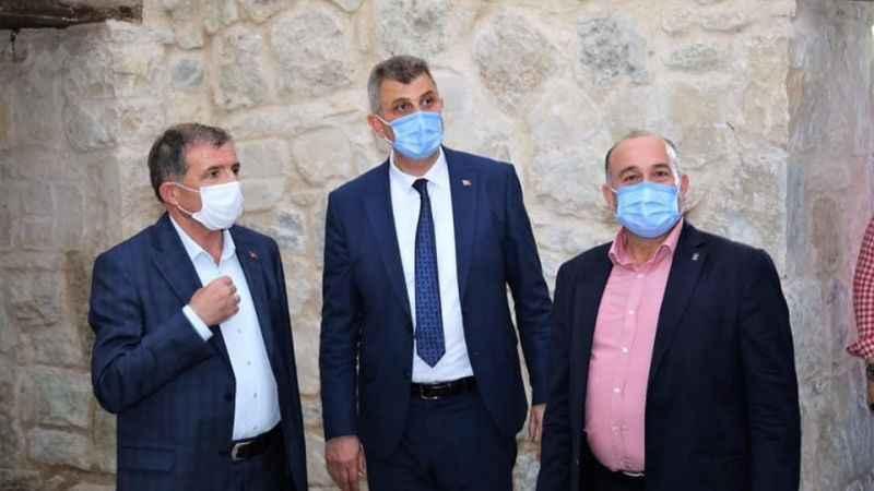 AKP Milletvekili İlyas Şeker Gölcük'te incelemelerde bulundu