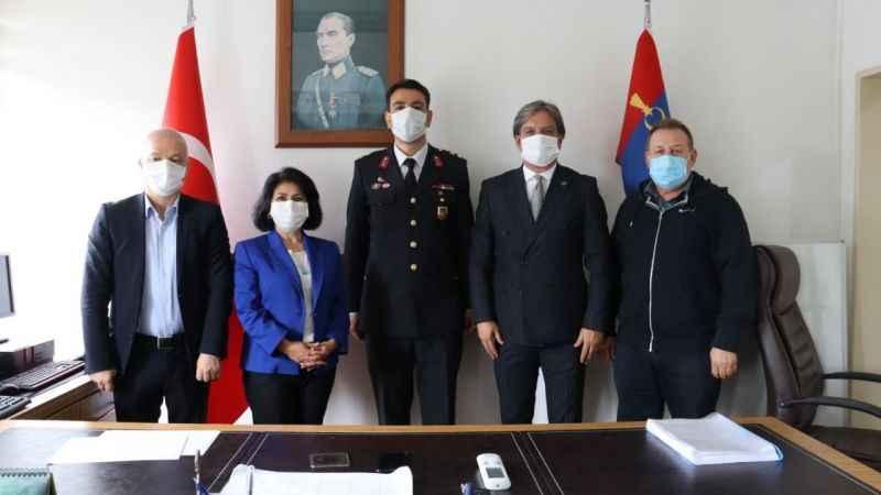 İzmit Belediyesi üst yönetiminden Jandarma'ya kuruluş kutlaması