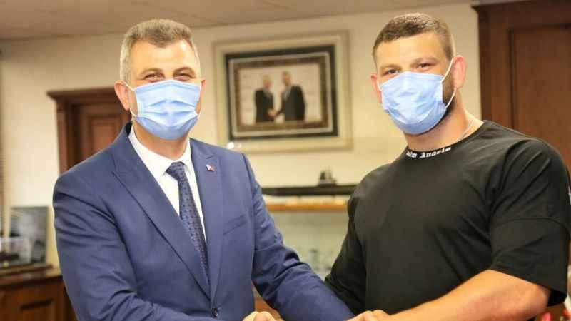Akın ve Abdul Öner Gölcük Belediye'de